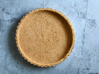 Graham Cracker Crust With Peanut Butter In It