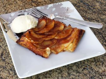 Individual Apple Tart With Puff Pastry