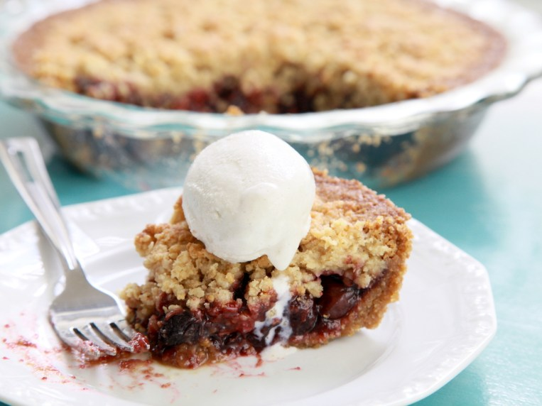 Gluten Free Cherry Crumb Pie – At Home With Shay