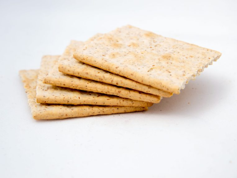 Are Saltine Crackers Good For Weight Loss?