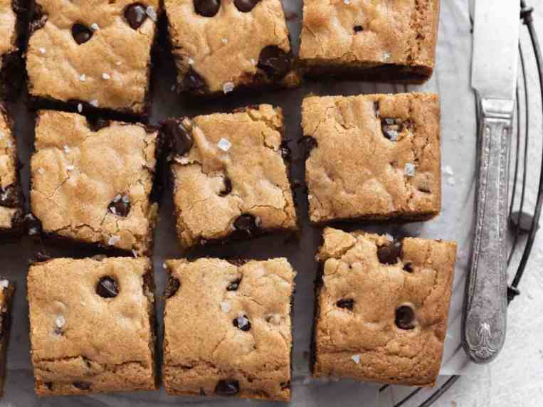 The Best Chewy Blondies