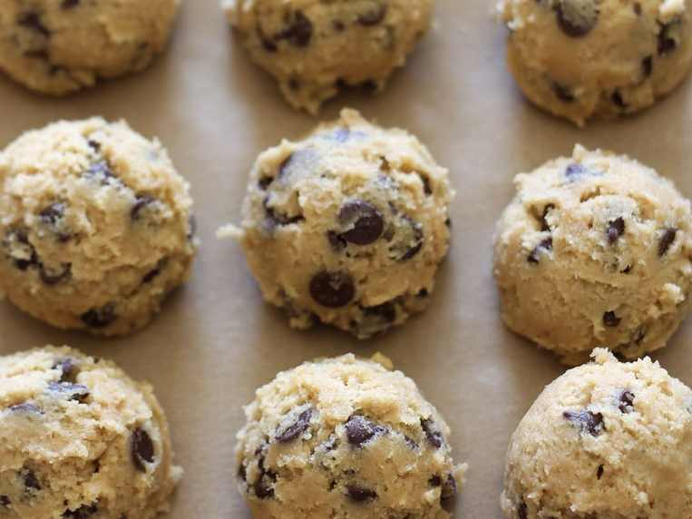 How to Freeze Cookie Dough (& bake from frozen)