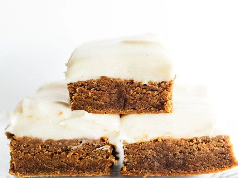 Gingerbread Cookie Bars with Cream Cheese Frosting