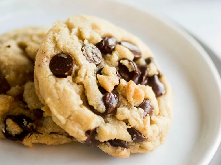 Butterless Chocolate Chip Cookies with Coconut Oil