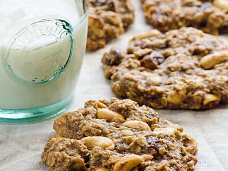 Sugar Free Oatmeal Cookies {Easy, No Chill, Healthy Recipe