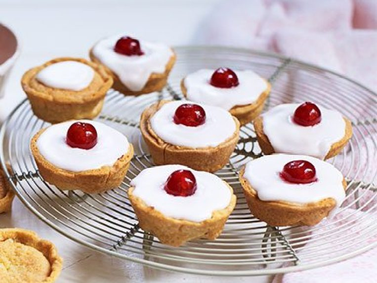 What Pastry Is Used For Bakewell Tart