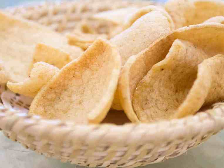 Are Prawn Crackers Vegetarian? What are the Alternatives