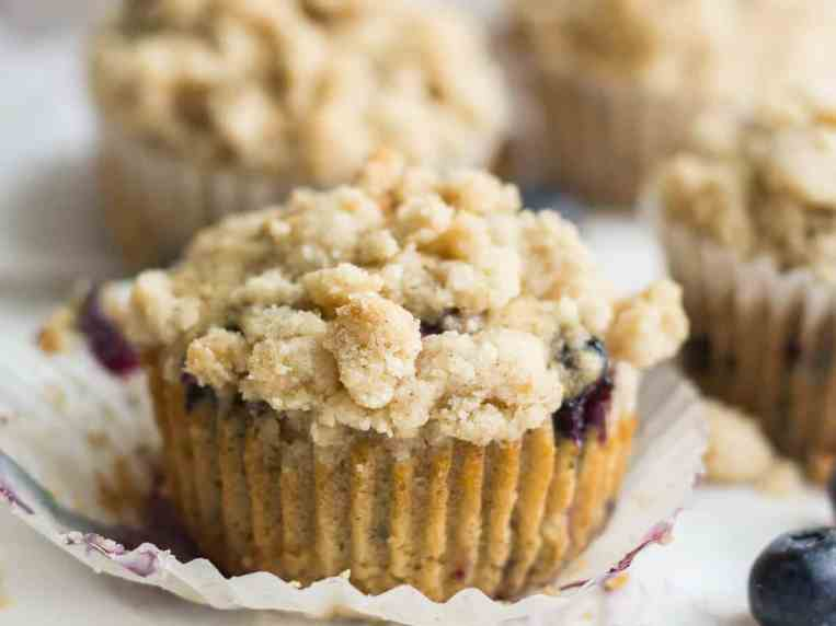 Easy Blueberry Muffins with CrumbTopping