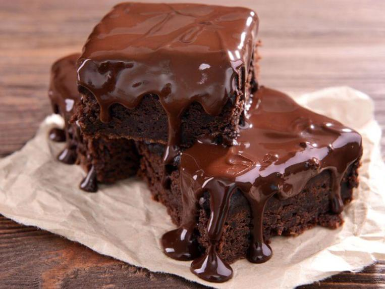 How to Make Brownies from Cake Mix