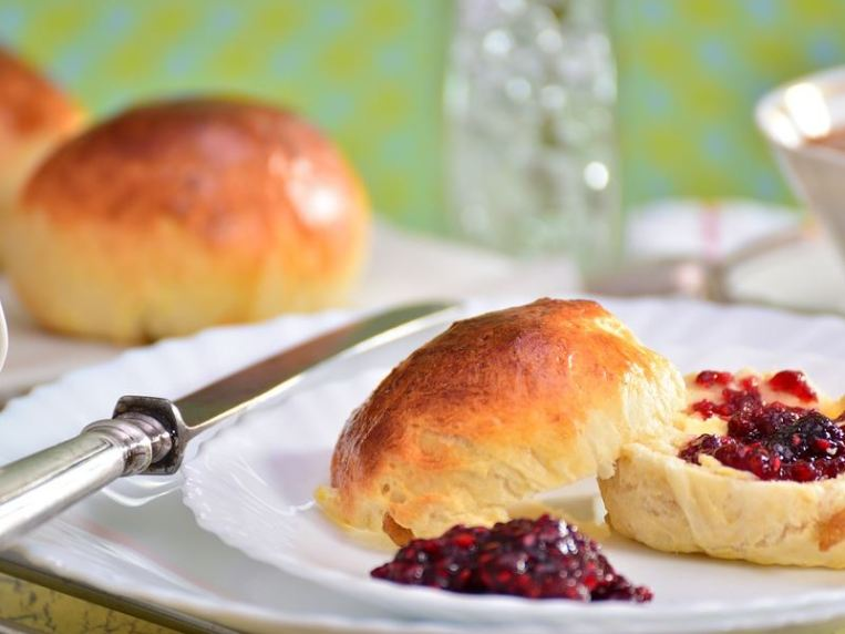 Are British Scones The Same As American Biscuits