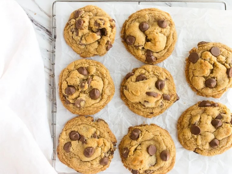 BEST EGGLESS Chocolate Chip Cookies Recipe
