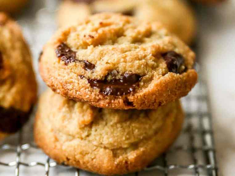 Almond Flour Cookies with Chocolate Chips