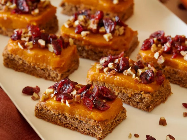Almond-Oat Cookie Bars with Pumpkin Frosting