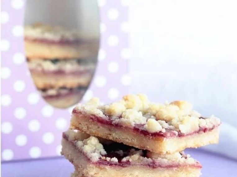 Low Carb Raspberry Linzer Cookie Bars