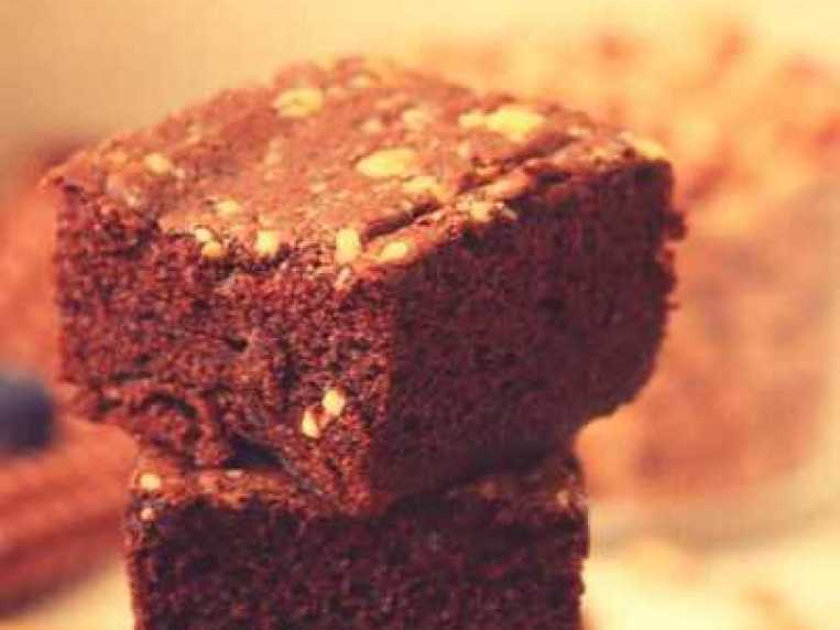 Kidney Bean Brownies (No Refined Sugar and Flourless Recipe