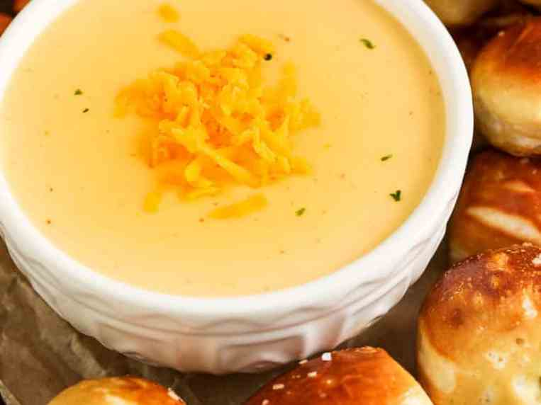 Beer Cheese Dip {Quick to Make}