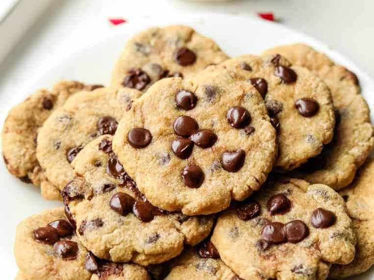 Healthy Low Calorie Chocolate Chip Cookies