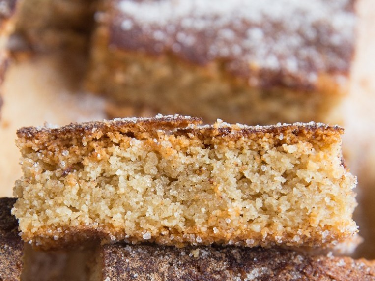 How to Make Keto Snickerdoodle Cookie Bars