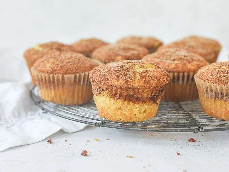 Easy Snickerdoodle Muffins